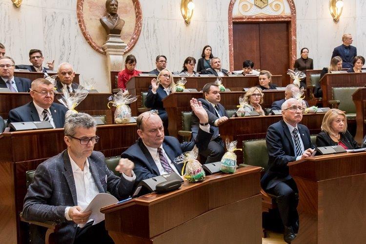 Nowe specjalizacje województwa – zielona gospodarka oraz przemysły wschodzące.